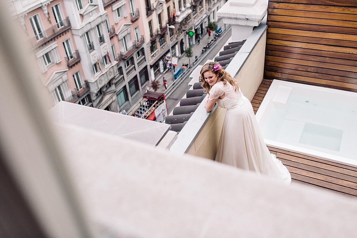 027-albamay-fotografia-artistica-boda-teatro-lara-madrid-1200x800-