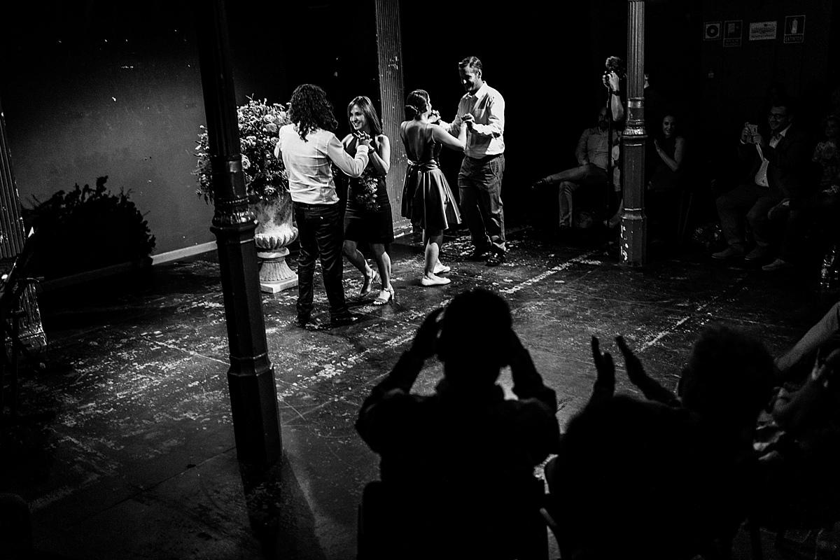043-albamay-fotografia-artistica-boda-teatro-lara-madrid-1200x800-