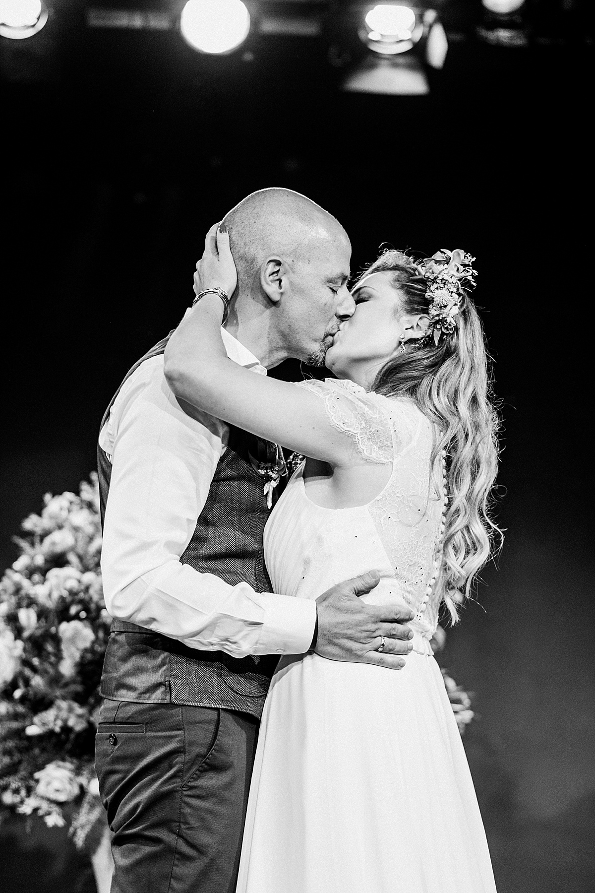 056-albamay-fotografia-artistica-boda-teatro-lara-madrid-1200x800-