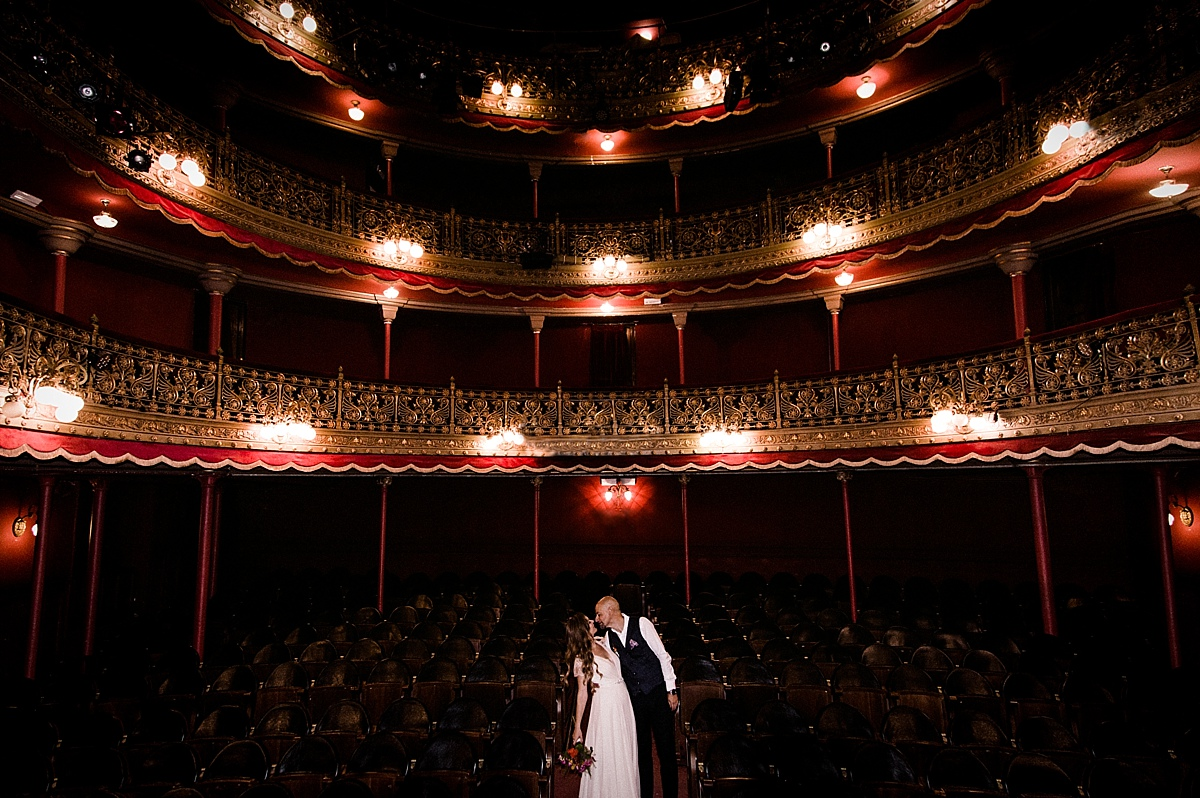 060-albamay-fotografia-artistica-boda-teatro-lara-madrid-1200x800-