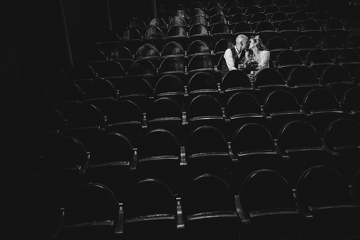061-albamay-fotografia-artistica-boda-teatro-lara-madrid-1200x800-